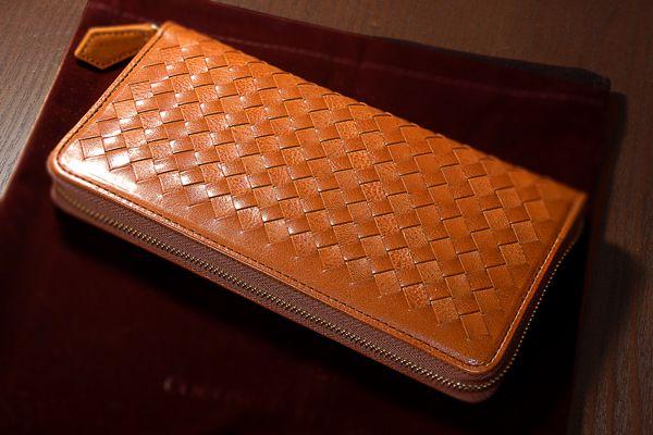 d604859690ad 一番のおすすめポイントは、長財布のラインナップが豊富であること。長財布メインのブランドと言っても過言ではありません。たくさんの種類から選ぶならココマイスター  ...